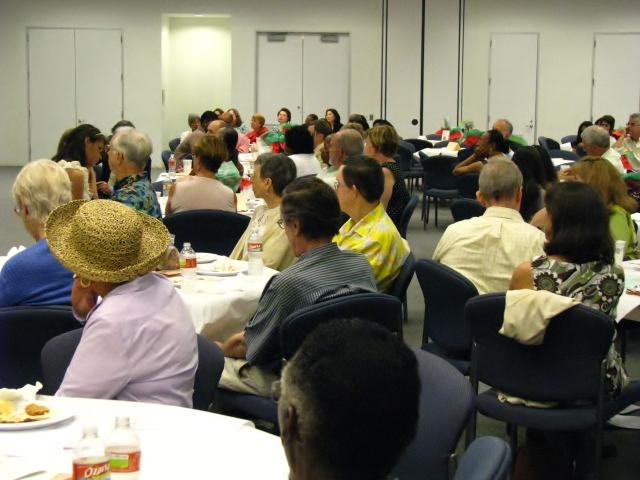 Center-for-Healing-Racism-2011-Juneteenth-Ally-Award-Luncheon-Honoring-Lee-Mun-Wah-31