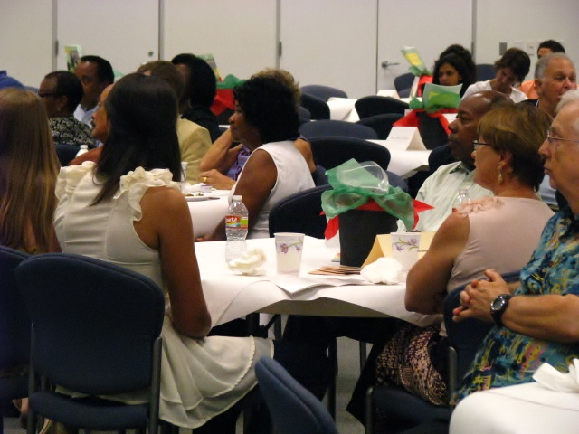 Center-for-Healing-Racism-2011-Juneteenth-Ally-Award-Luncheon-Honoring-Lee-Mun-Wah-35