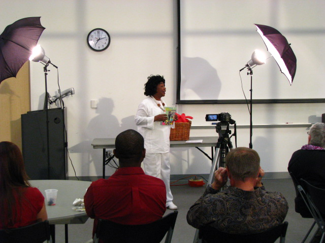 Center-for-Healing-Racism-Bread-is-a-Simple-Food-Teaching-Children-about-Culture-Book-Release-and-Signing-40
