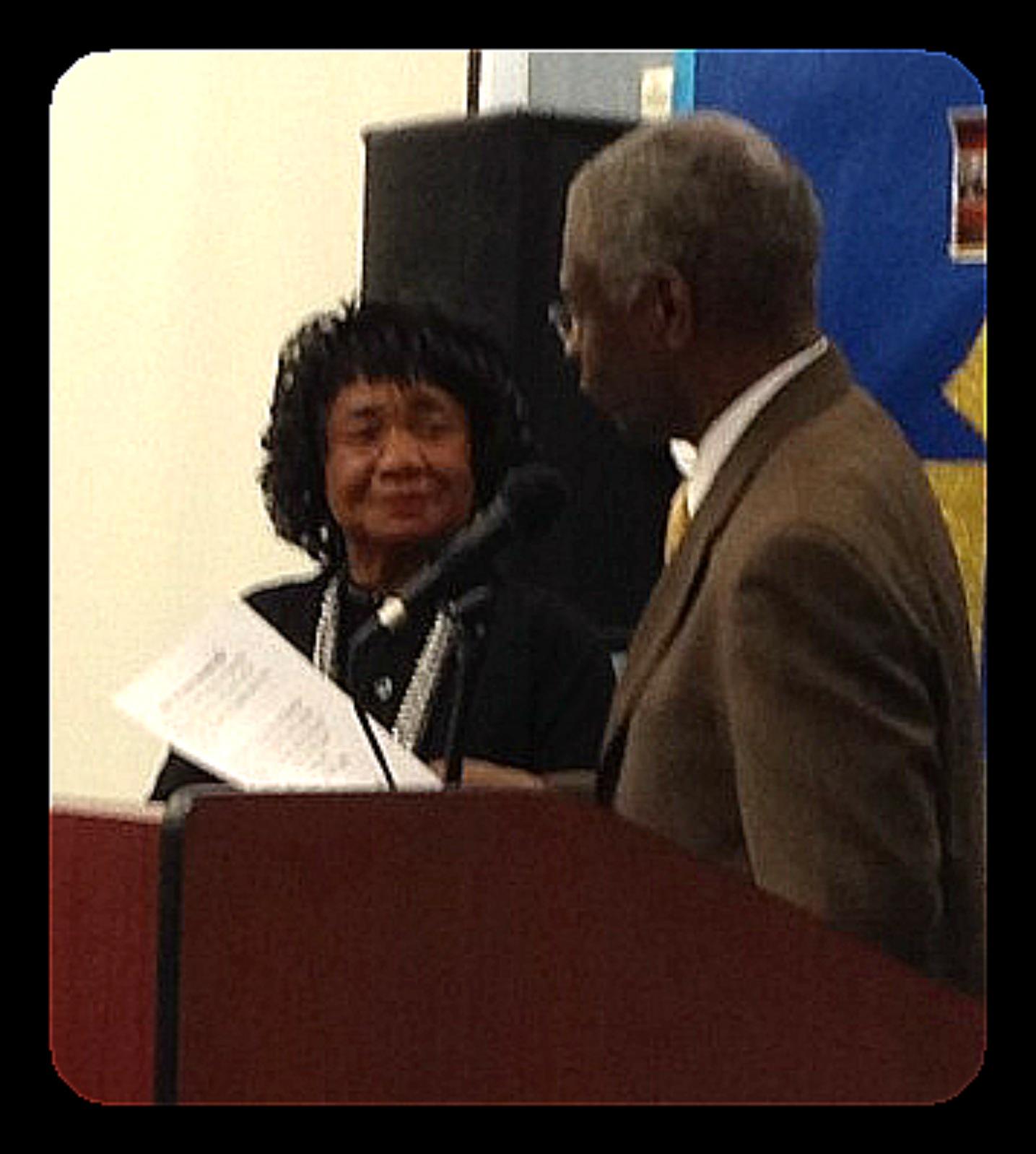 Center-for-Healing-Racism-_Cherry-Steinwender-receives-2013-Ghandhi-King-Ikeda-Award3
